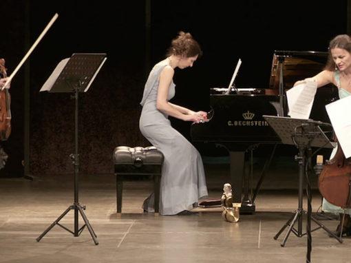 """""""Les Troizettes"""" Musikalisches Kabarett Sonntag 07.04.2019 17 Uhr"""